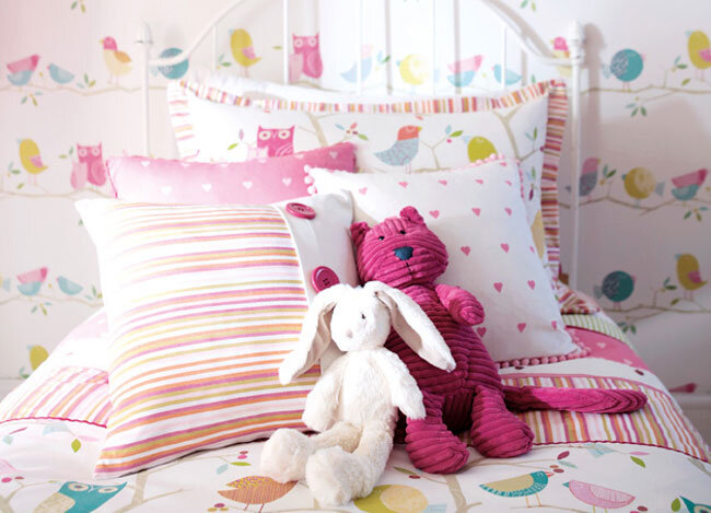 fairytale atmosphere with joyful wallpapers Harlequin (16)