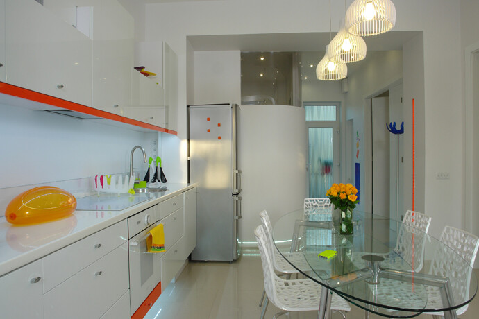 Color and light in a dream apartment from Budapest (3)