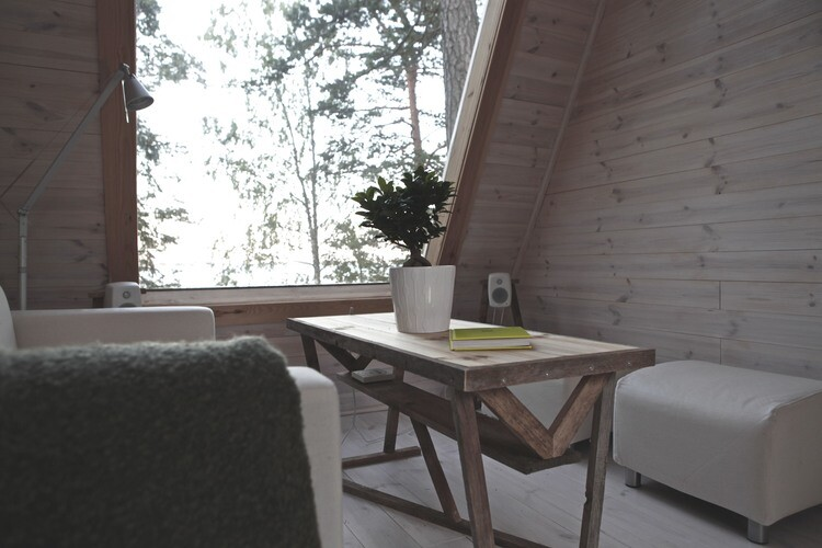Small cabin in the woods made by designer Robin Falck (2)