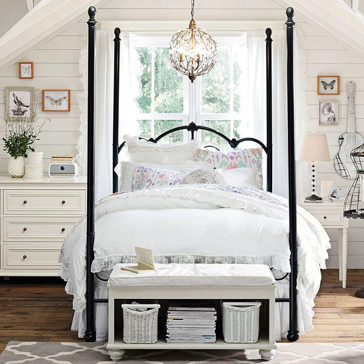 Bedroom ideas - canopy bed with contemporary design PB Teen (13)