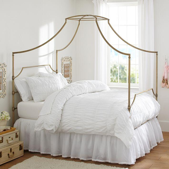 Bedroom ideas - canopy bed with contemporary design PB Teen (3)