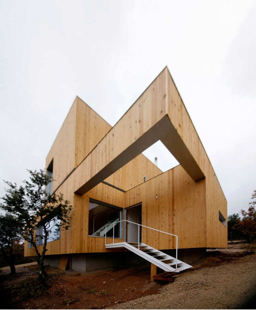 Ex-House away from the city noise, by GarcíaGermán Arquitectos