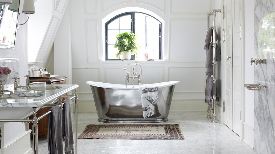 The bathtub - a touch of elegance and originality, by Drummonds (8)