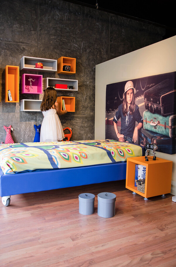 Innovative furniture for a expressive room, by SuiSo (6)