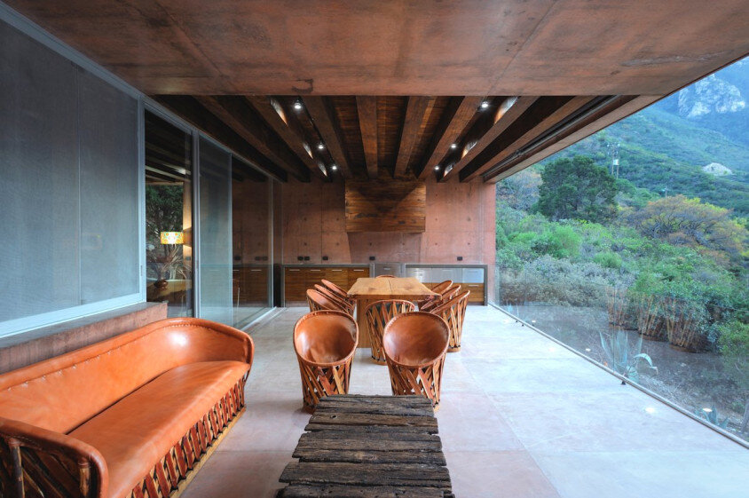 Modern house surrounded by mountains Narigua by P mas Cero arquitectura (13)