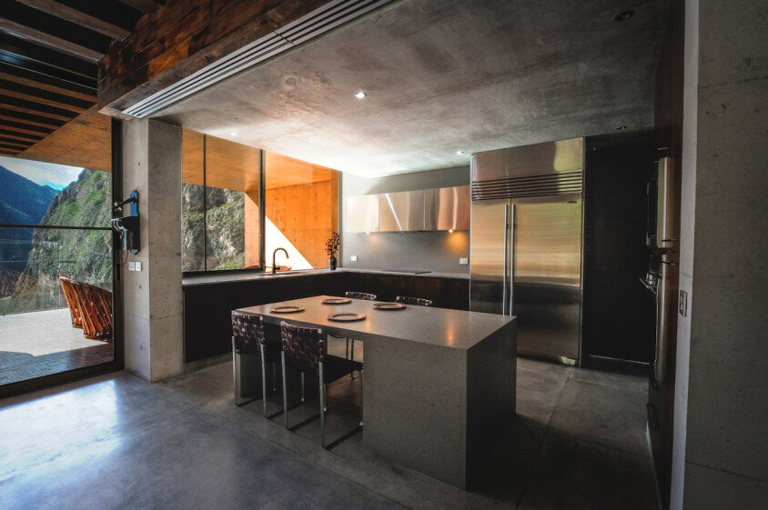 Modern house surrounded by mountains Narigua by P mas Cero arquitectura (16)
