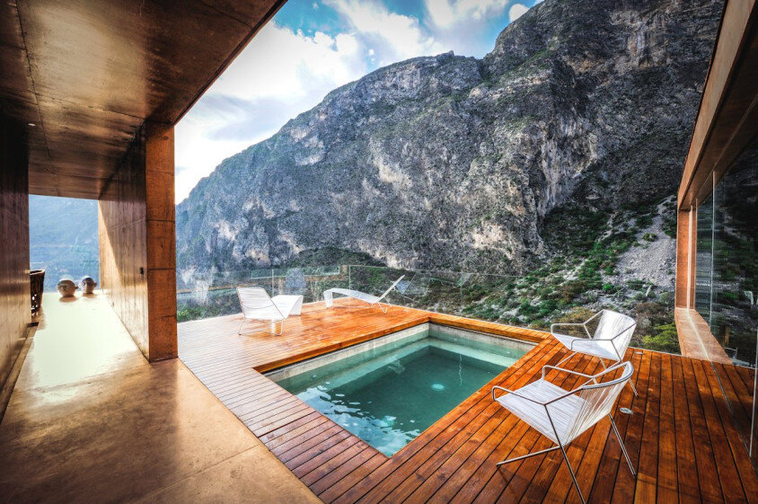 Modern house surrounded by mountains Narigua by P mas Cero arquitectura (4)