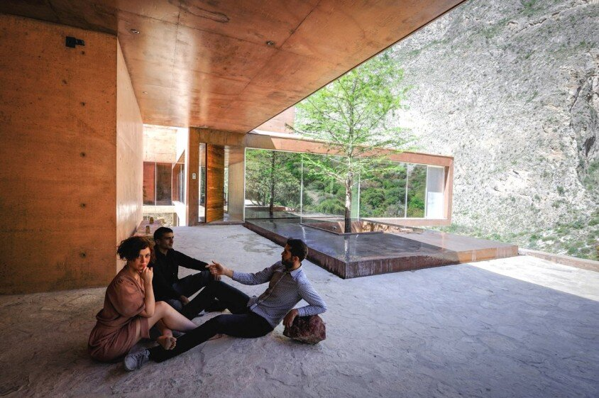 Modern house surrounded by mountains Narigua by P mas Cero arquitectura (8)