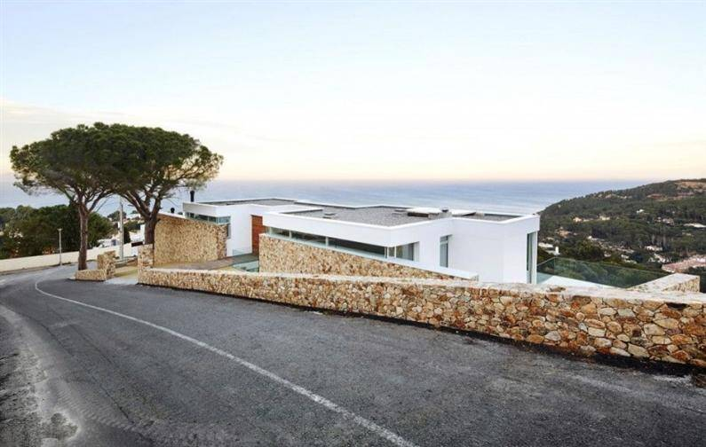 Juncal & Rodney House by Pepe Gascon Arquitectura (4) (Custom)
