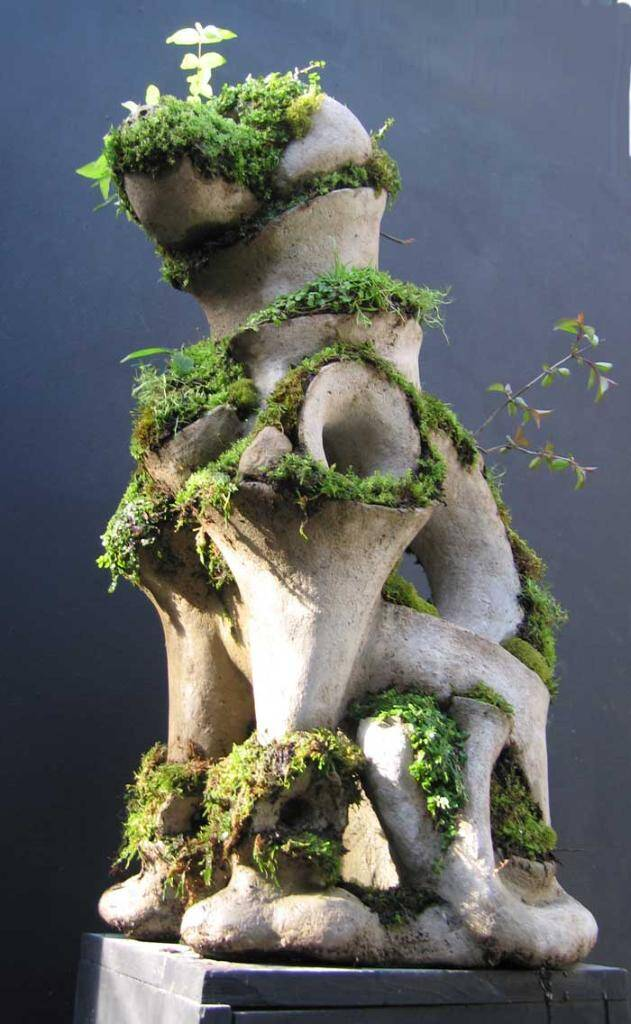 Dog - Extraordinary symbiosis between art and botany - www.homeworlddesign.com