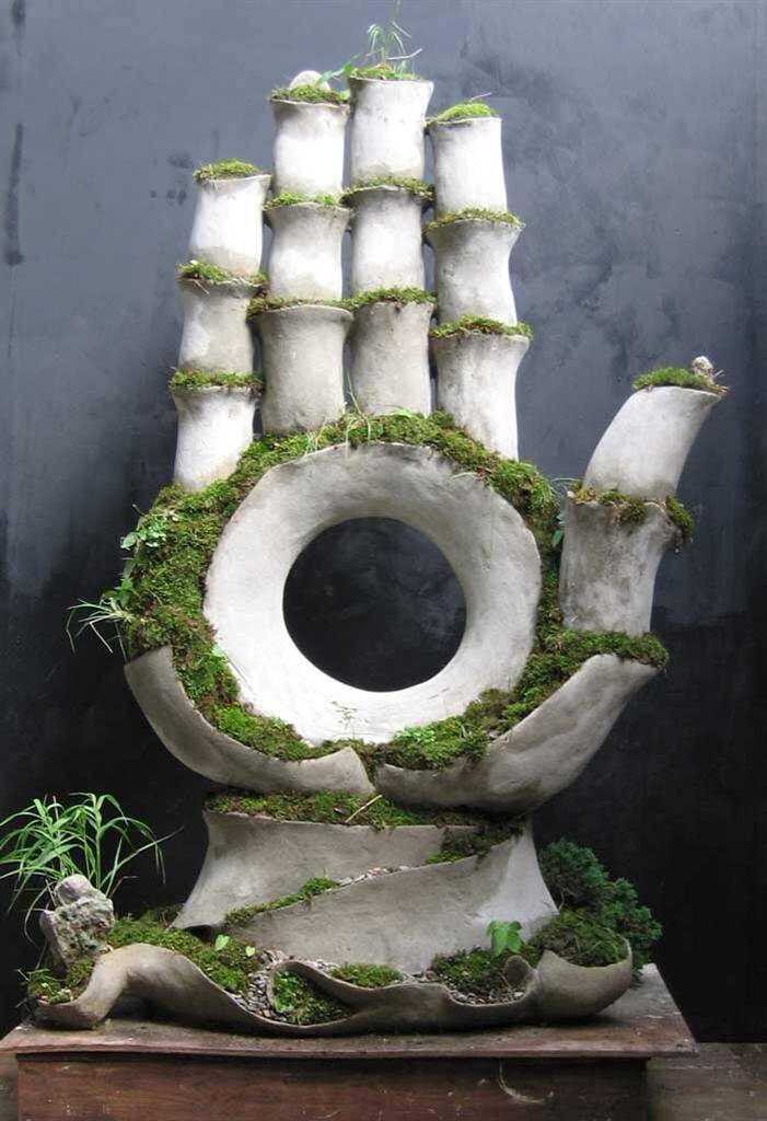 Gauntlet by Opiary - Extraordinary symbiosis between art and botany - www.homeworlddesign.com