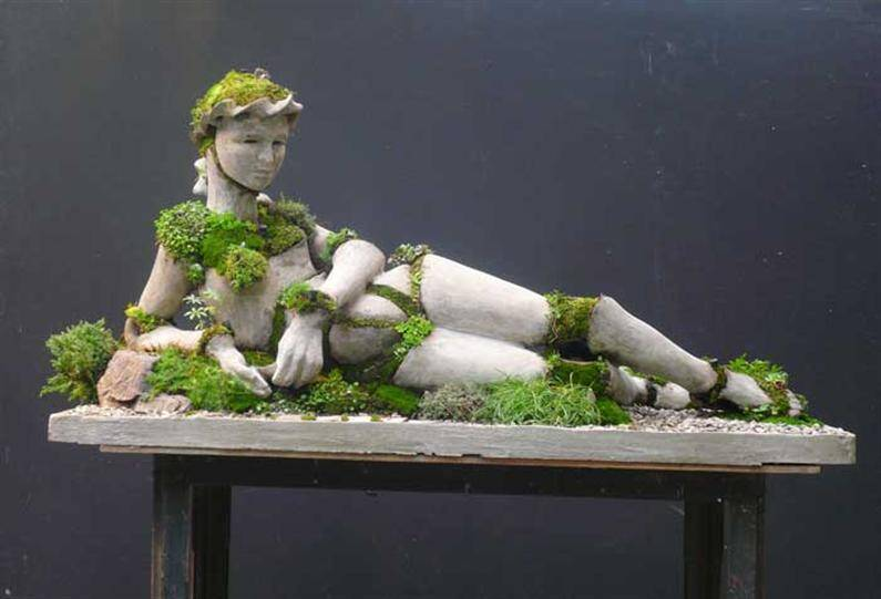 Mother Nature Solitaire - Extraordinary symbiosis between art and botany - www.homeworlddesign.com