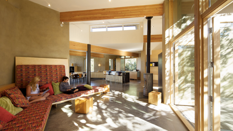 Strawbale Getaway by Gettliffe Architecture - www.homeworlddesign.com (3)