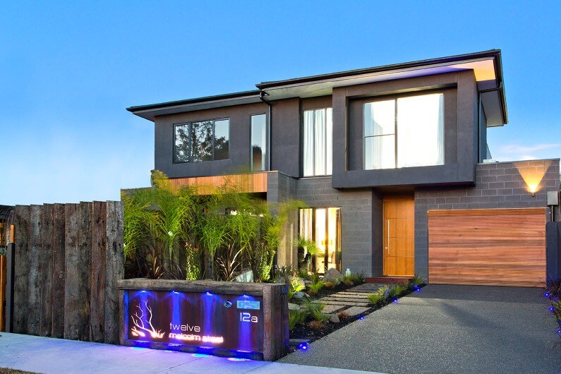 Splendid stylistic conception and impeccable finishes by Knight Building Group - www.homeworlddesign.com  (1)