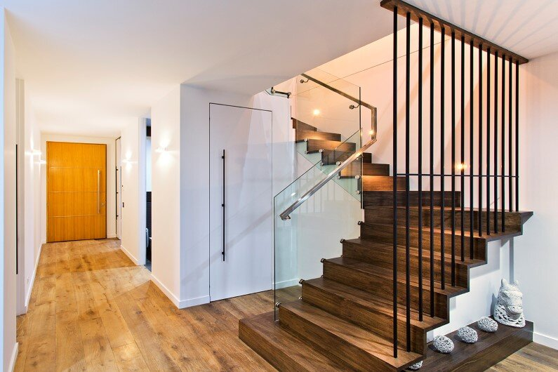 Splendid stylistic conception and impeccable finishes by Knight Building Group - www.homeworlddesign.com  (7)