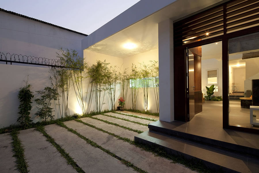 Go Vap House by MM ++ Architects - www.homeworlddesign. com (2)