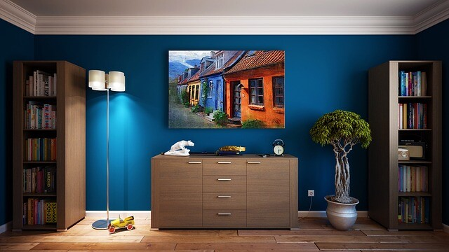 Painting Room With Hues Of Blue - www.homeworlddesign. com (16)