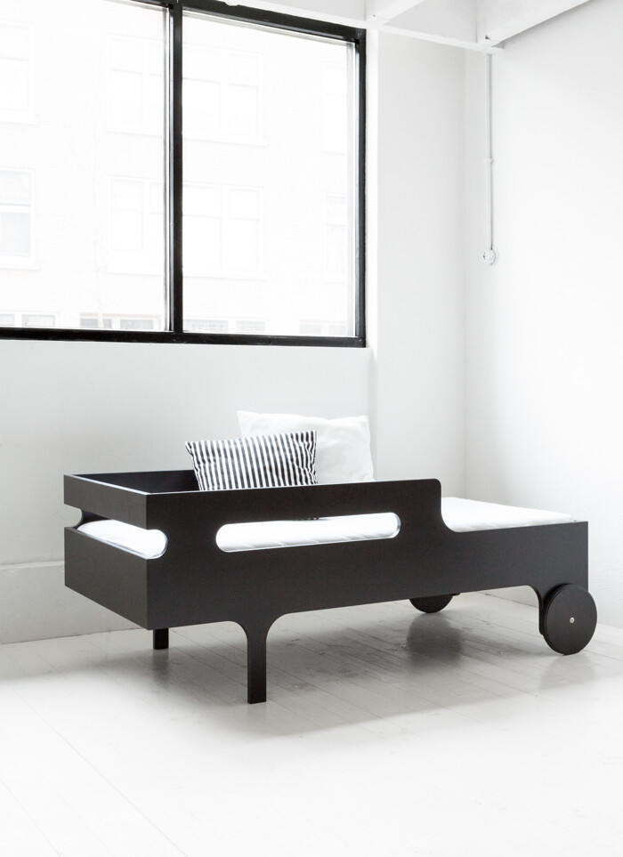 R toddler bed by Rafa Kids - modern, playful and functional toddler bed - www.homeworlddesign (7)