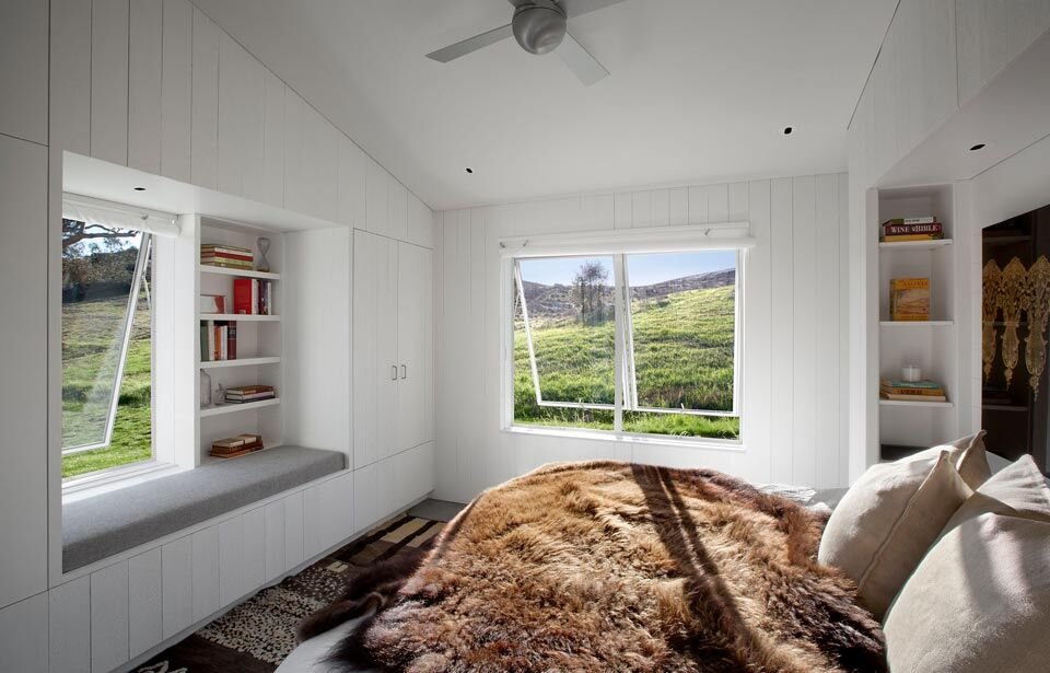 Modern barn-house in the middle of the nature Hupomone Ranch - HomeWorldDesign (6)