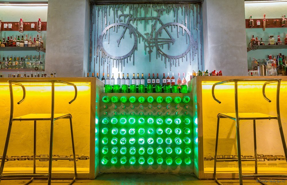 Thematic bar for urban cyclists - The Bicycle by Openspace - HomeWorldDesign (9)