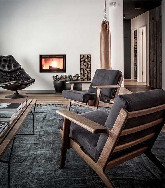 Edgy luxury apartment equipped with statement furniture pieces and signature interior design - HomeWorldDesign (2)
