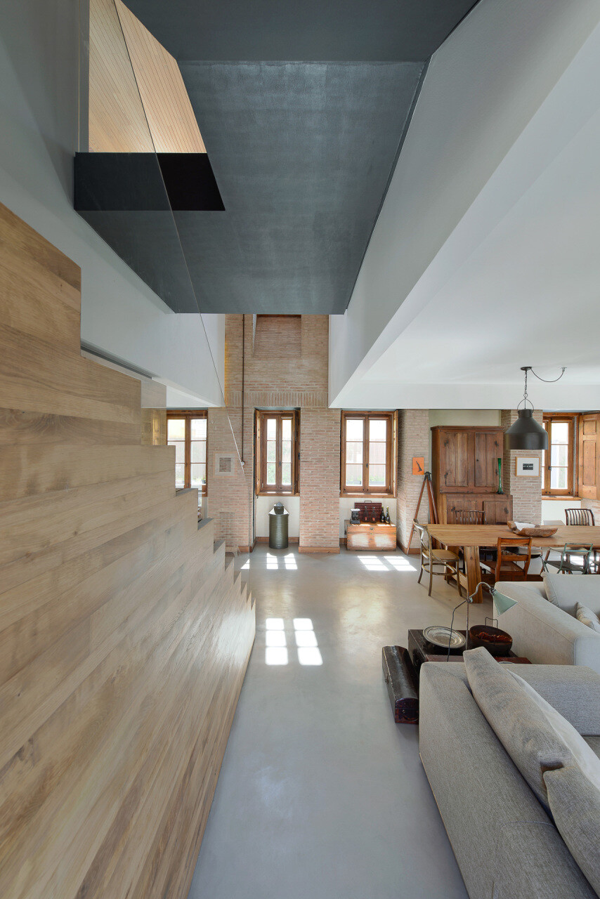 relationship between the old and the contemporary architecture House in Estoril - HomeWorldDesign (23)