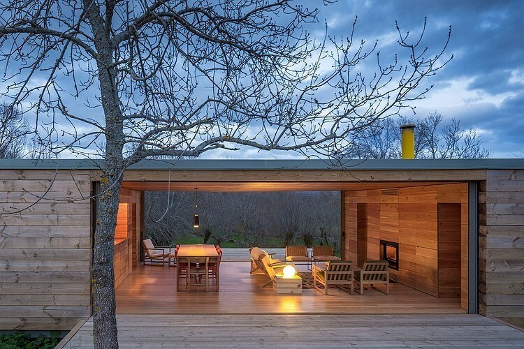 House by ch+qs arquitectos inspired by the fields with yellow flowers - HomeWorldDesign  (6)