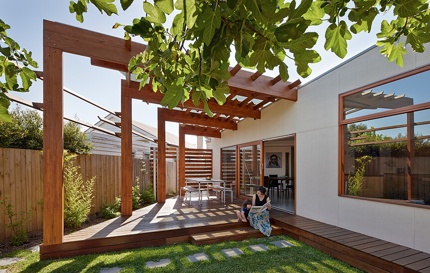 Crib and Chock House extension of residence by Windust Architects - HomeWorldDesign (1)