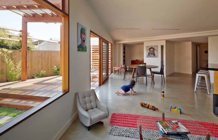 Crib and Chock House extension of residence by Windust Architects - HomeWorldDesign (15)