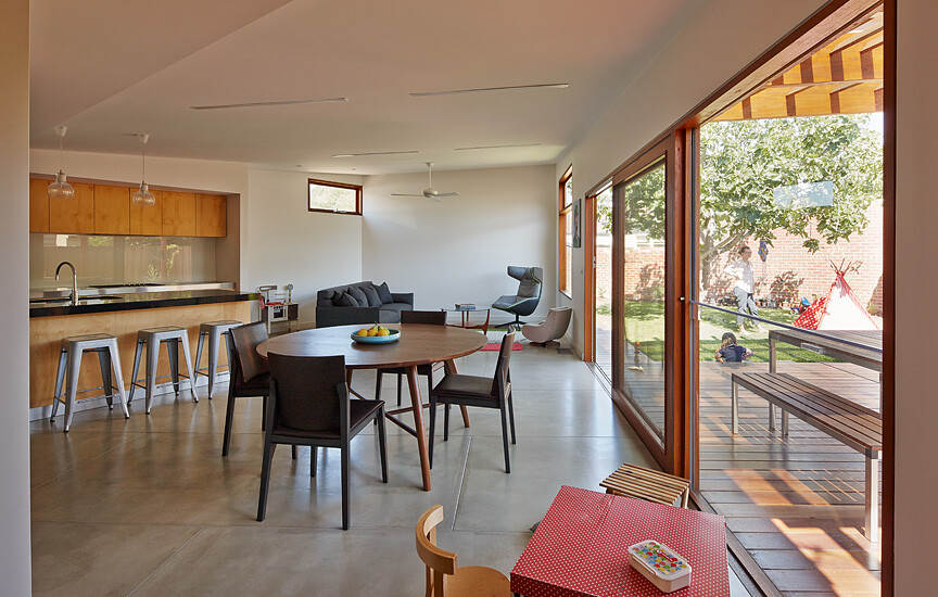 Crib and Chock House extension of residence by Windust Architects - HomeWorldDesign (4)
