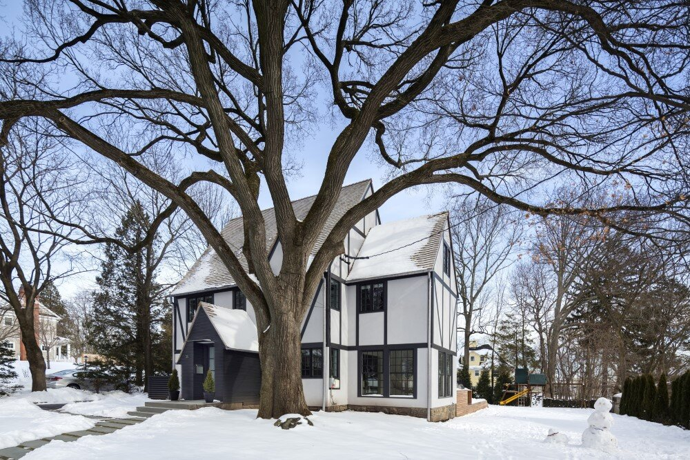 Tudor residence - restoration and extension project developed by Moore & Partners Architects JOEB - HomeWorldDesign (6) (Custom)