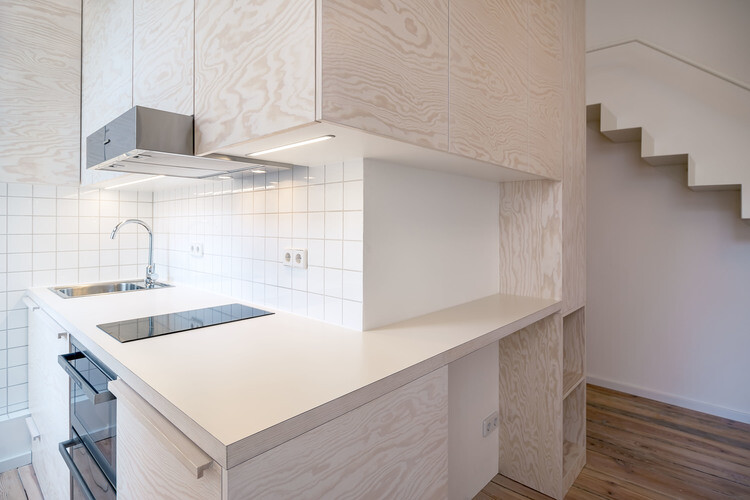 21 square-meters flat renovated by Spamroom