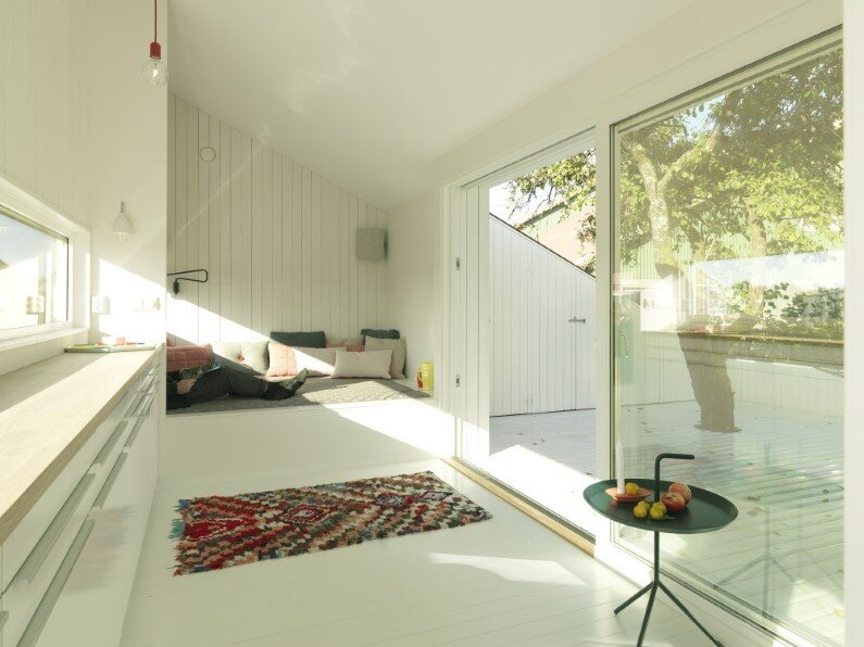Interiors small house - Slice by Saunders Architecture