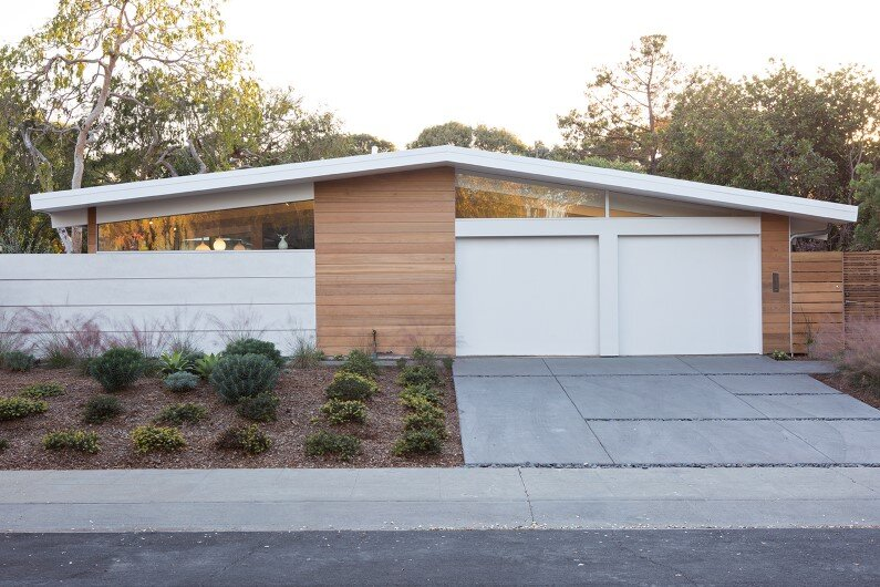 Renovated single-family house in Palo Alto -Truly Open Eichler House (1)