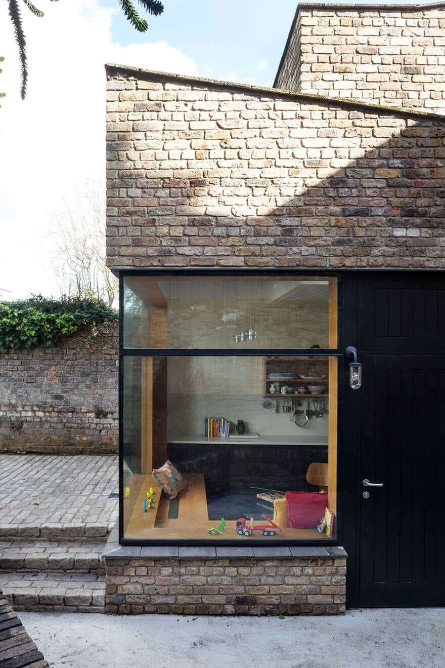 Brick Addition: Extension to a Protected Structure in Dublin