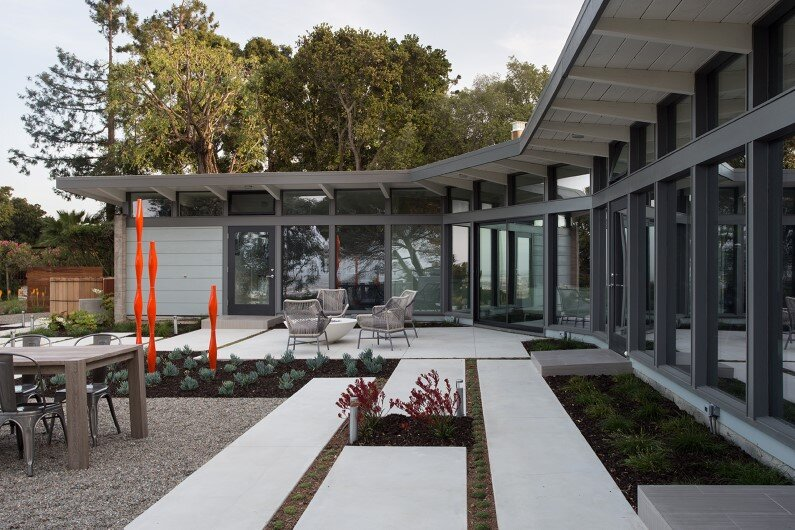 Contemporary house by Klopf Architecture