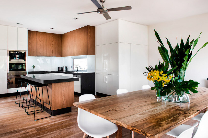 Cottesloe House coastal style by Collected Interiors