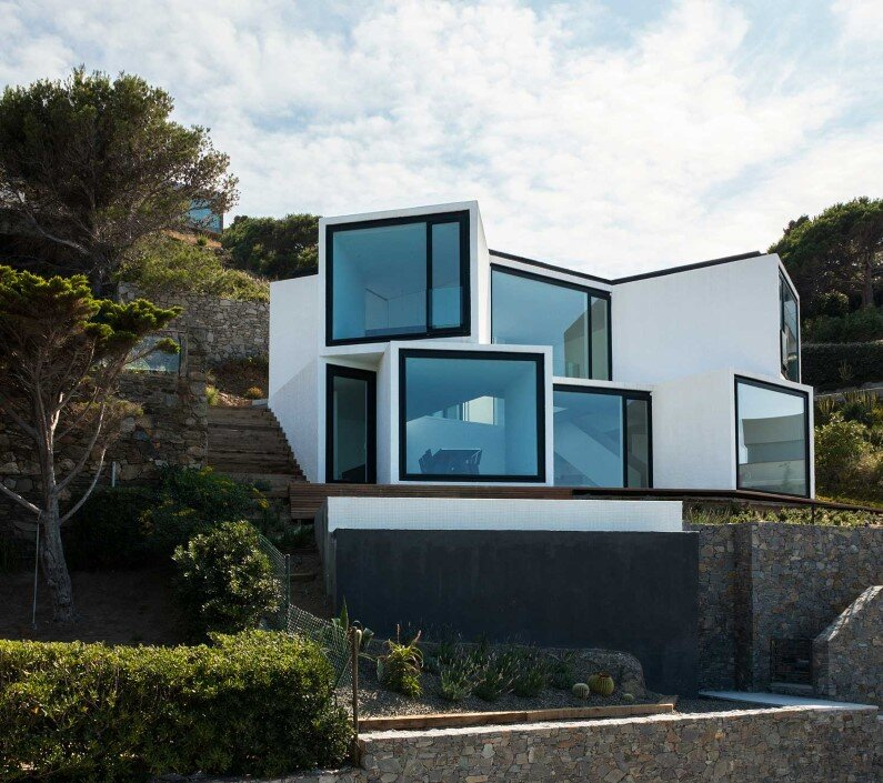Geometric architecture Sunflower House by Cadaval & Solà-Morales
