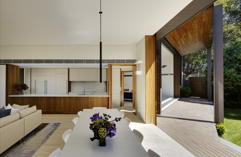 Woollahra House - new contemporary house by Tzannes Associates