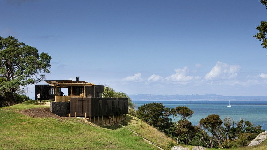 Castle Rock - beach houses with a fabulous openness (15)