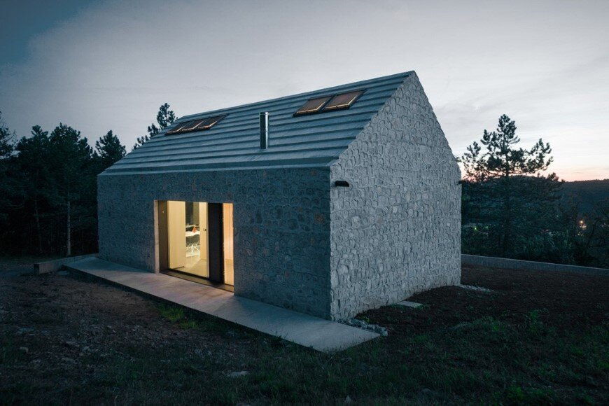 Compact Karst house redefinition of a traditional stony house (11)