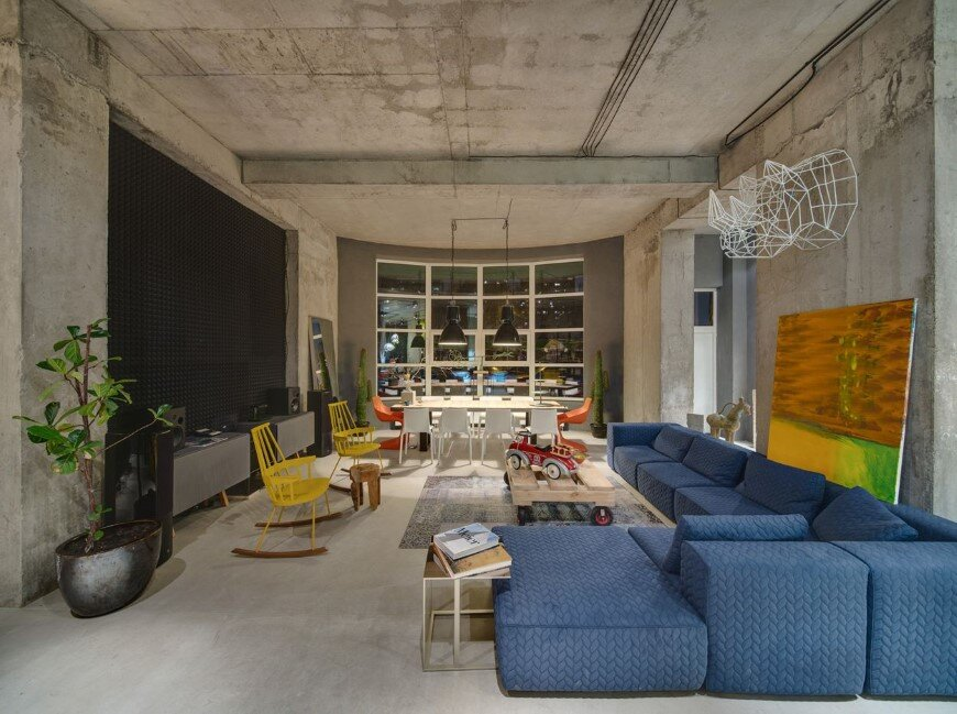Dizaap office bright loft space with eclectic interior design (1)