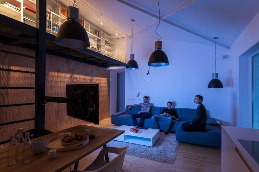 Industrial style in harmony with warm natural materials in a cozy loft by Rules Architects - Bratislava (4)