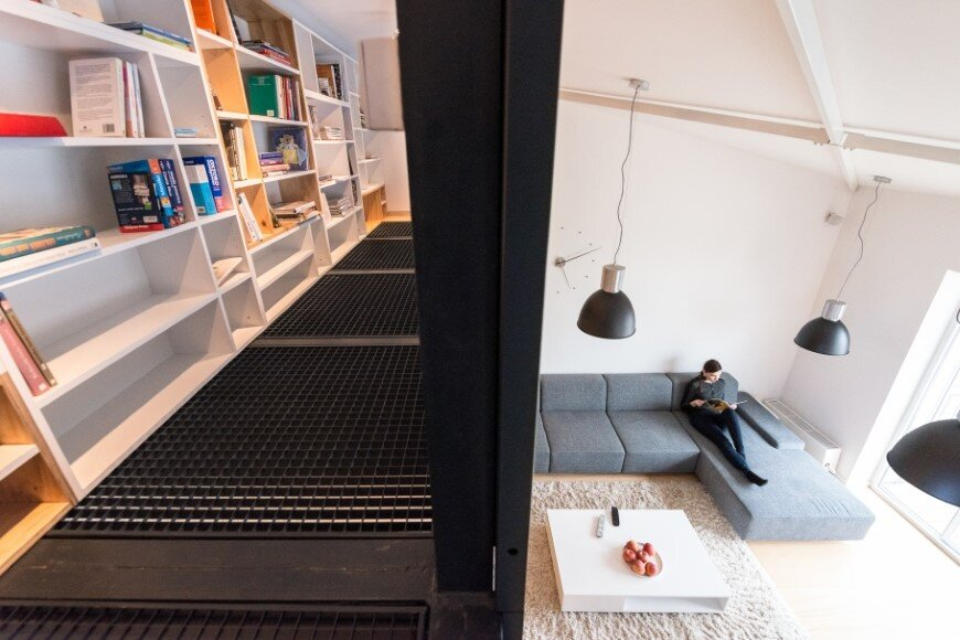 Industrial style in harmony with warm natural materials in a cozy loft by Rules Architects - Bratislava (5)