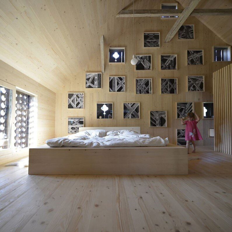 Old Barn revitalized by converting into a loft apartment (5)