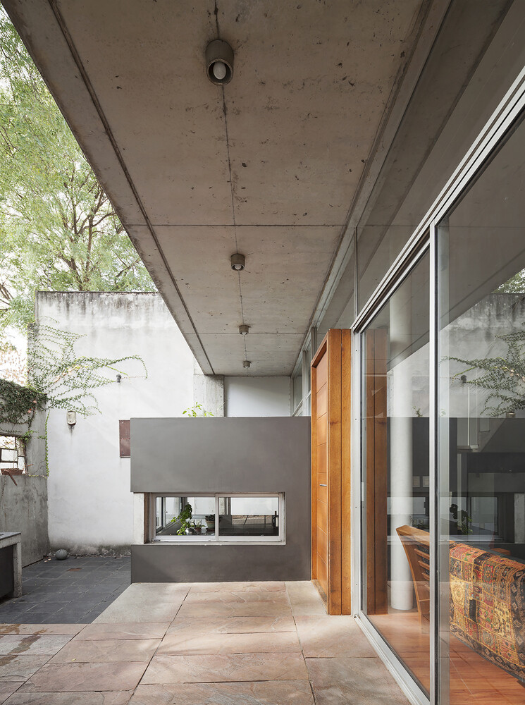 Palmar House in a central area of the city of Montevideo (3)