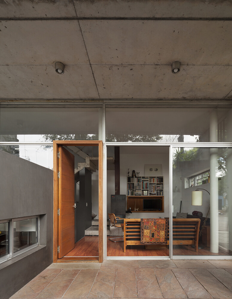Palmar House in a central area of the city of Montevideo (4)