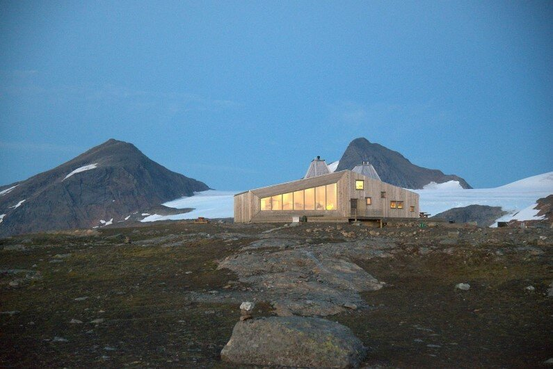 Rabot Cabin - close to glaciers in northern Norway (13)