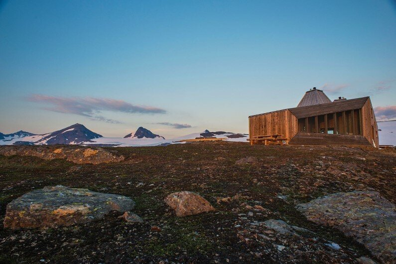 Rabot Cabin - close to glaciers in northern Norway (16)