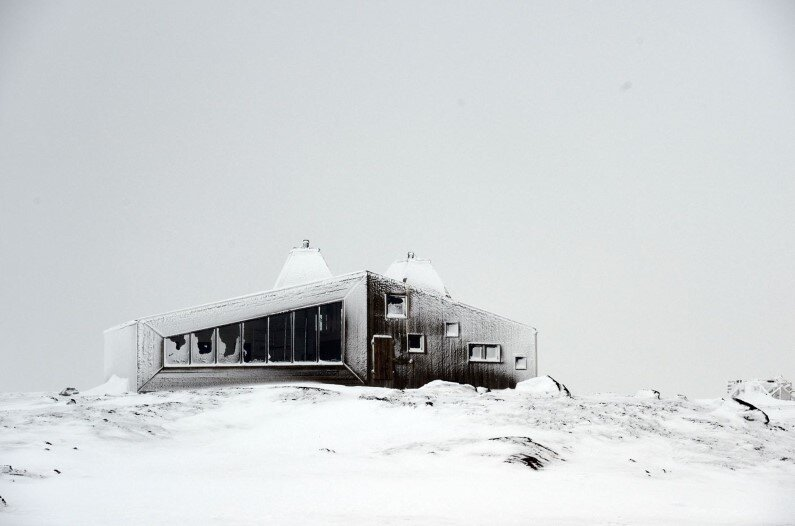 Rabot Cabin - close to glaciers in northern Norway (19)